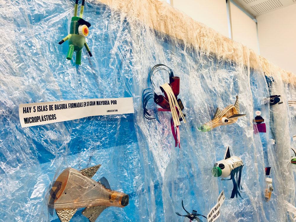 Un mar de plástico | Instalación artística participativa