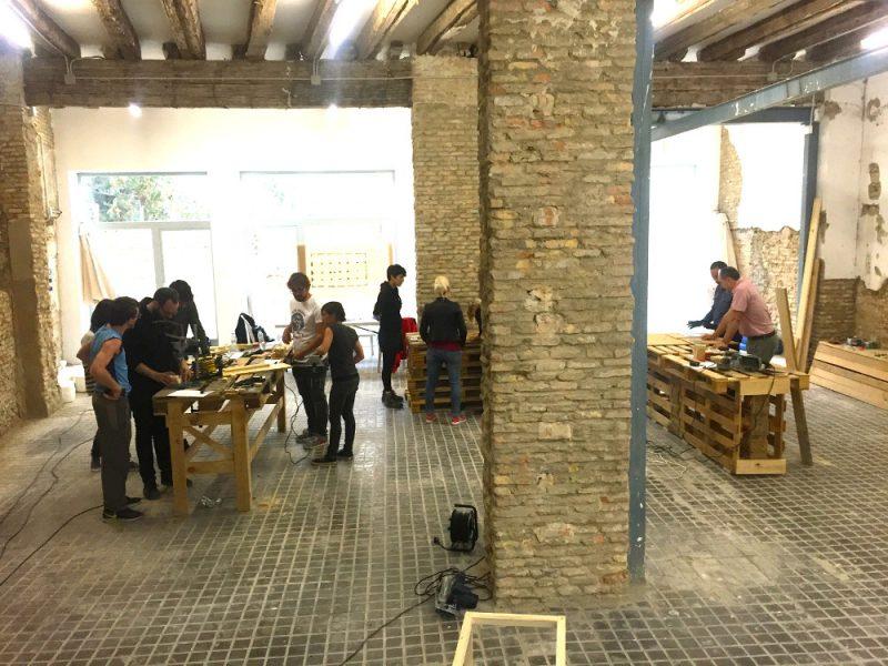 Talleres de Autoconstrucción de Mobiliario en Harinera Zgz