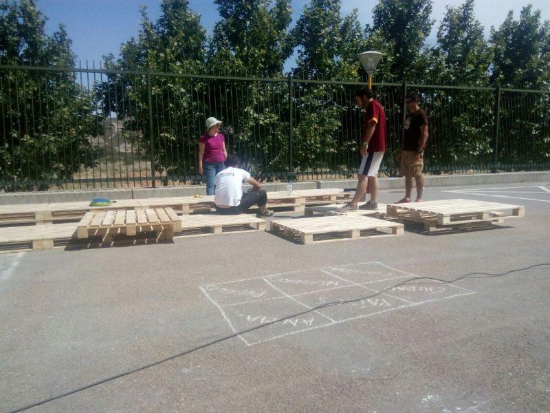 Intervención participativa en el colegio para transformar el patio colaborativamente